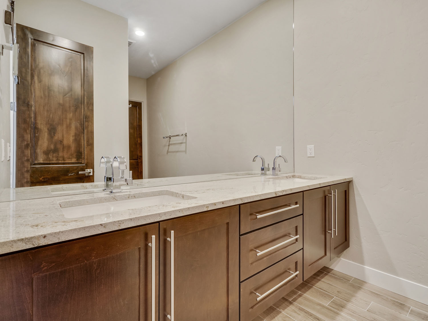 382 W Ridges Blvd Unit C   PRINT  20